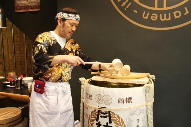 Kagami Biraki Sake Cask Opening