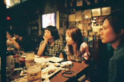 Izakaya moment - Achtung-Dylan - flickr