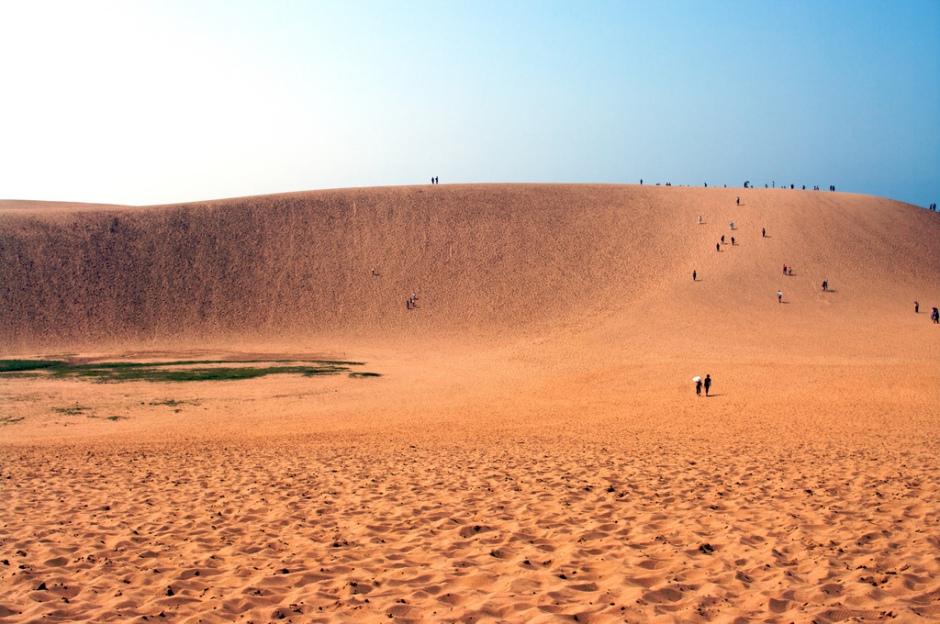 Tottori Sand Dunes - starockr - flickr