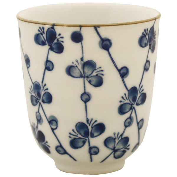 Want to bring a bit of Japan into your home? Check out the new bits and bobs fresh off the boat at Japan Centre. From traditional sake sets to bento boxes ...  sc 1 st  Japancentre blog & NEW Stunning Japanese Tableware u0026 Bento Boxes at Japan Centre Online ...